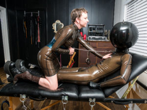 NYC Dominatrix Domme Discordia Latex Fetish proDomme