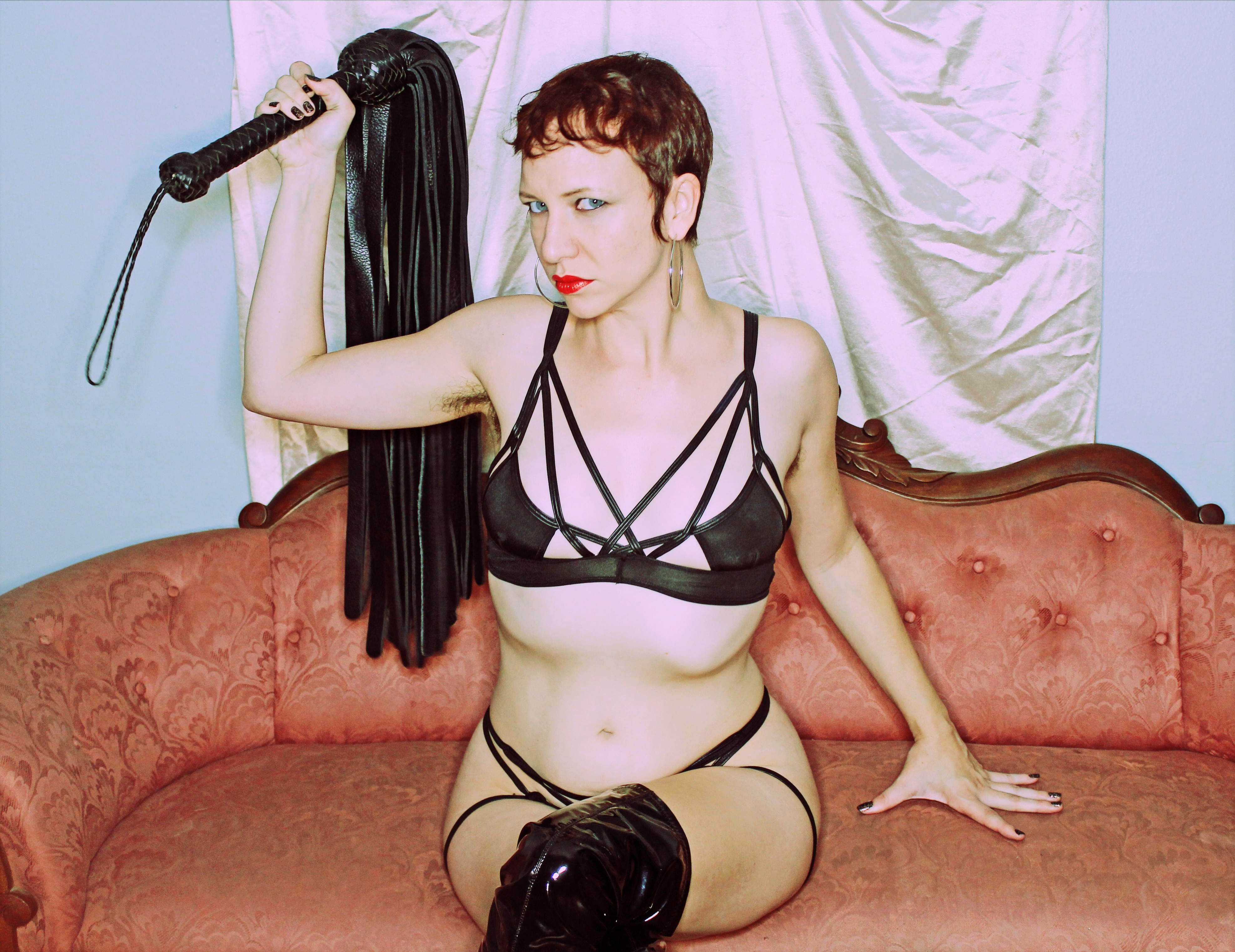 Domme Discordia Professional Dominatrix NYC ProDomme FemDomme Brooklyn